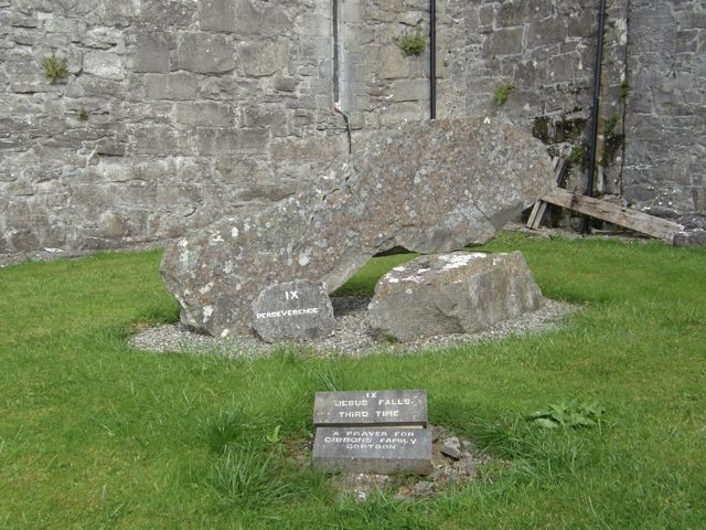 Ballintubber Abbey Church, Co Mayo, Éire, Stations of the Cross, No. 9