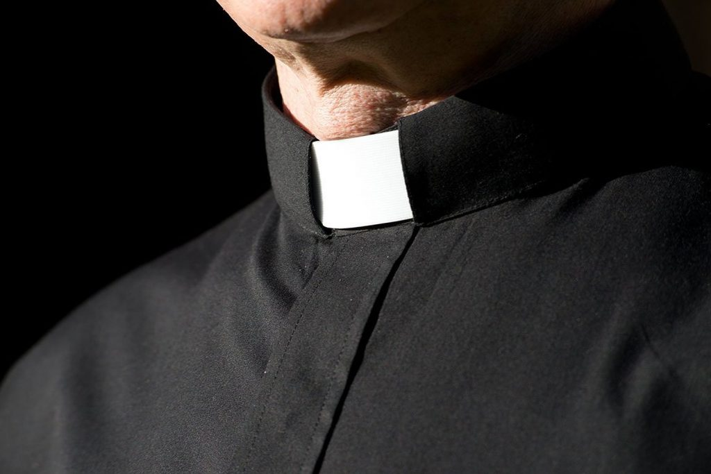 clergy-collar-1